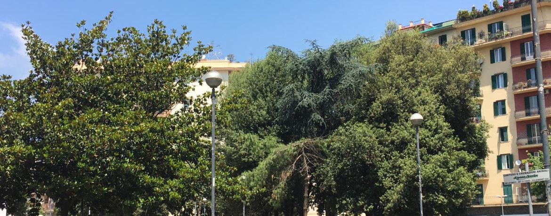 Piazza Medaglie d'Oro a Napoli (foto di Ruthven per WikiCommons)