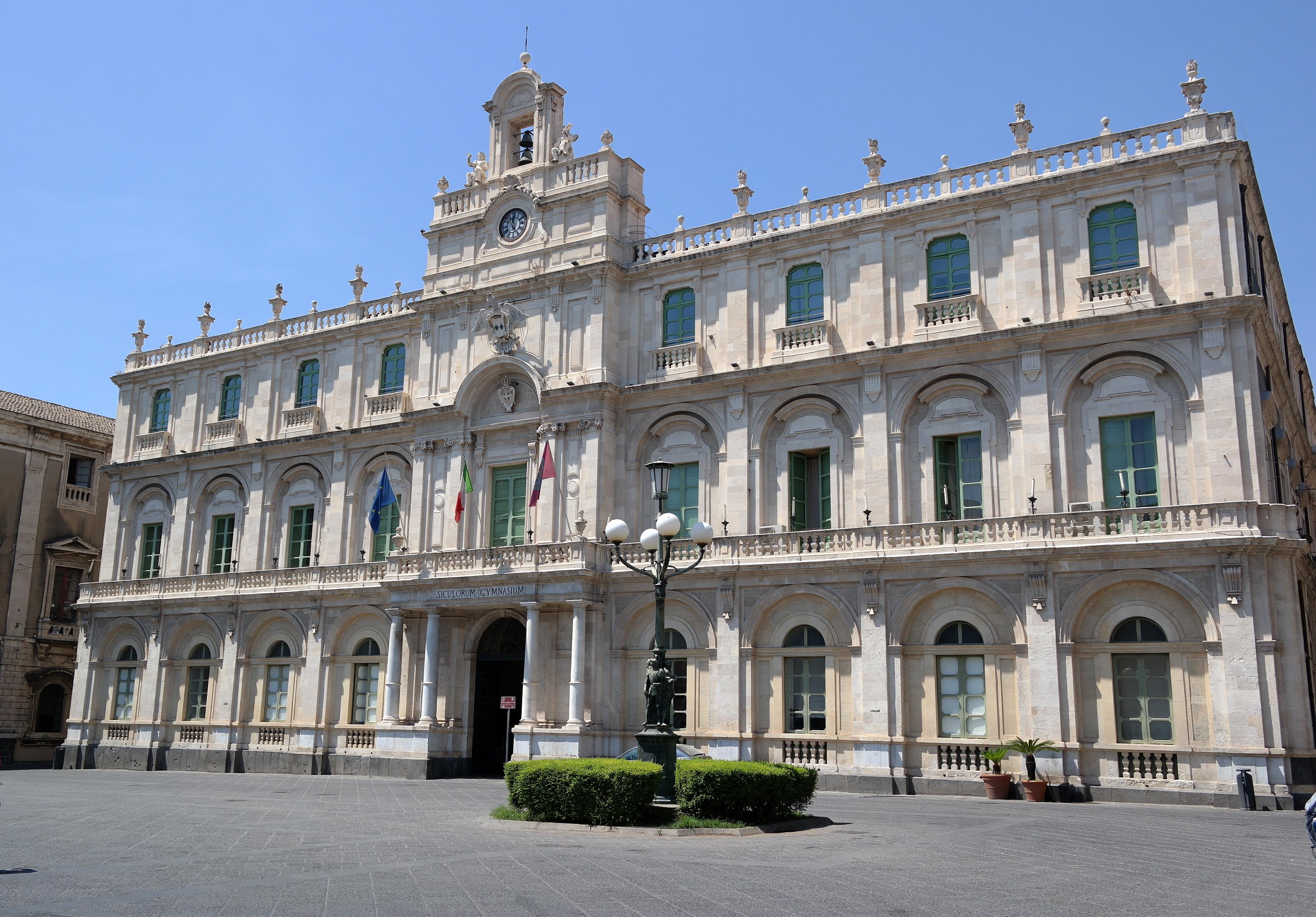 Catania, Palazzo dell'Università (fonte: WikiCommons)