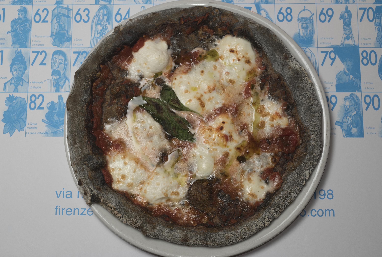 La Pizza Nera di Carmine Candito