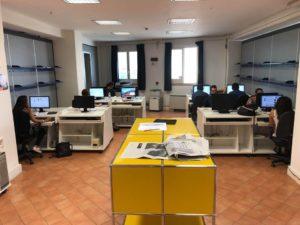 La redazione della Scuola di Giornalismo di Napoli biennio 2018-2020 (foto: Enrico Parolisi)